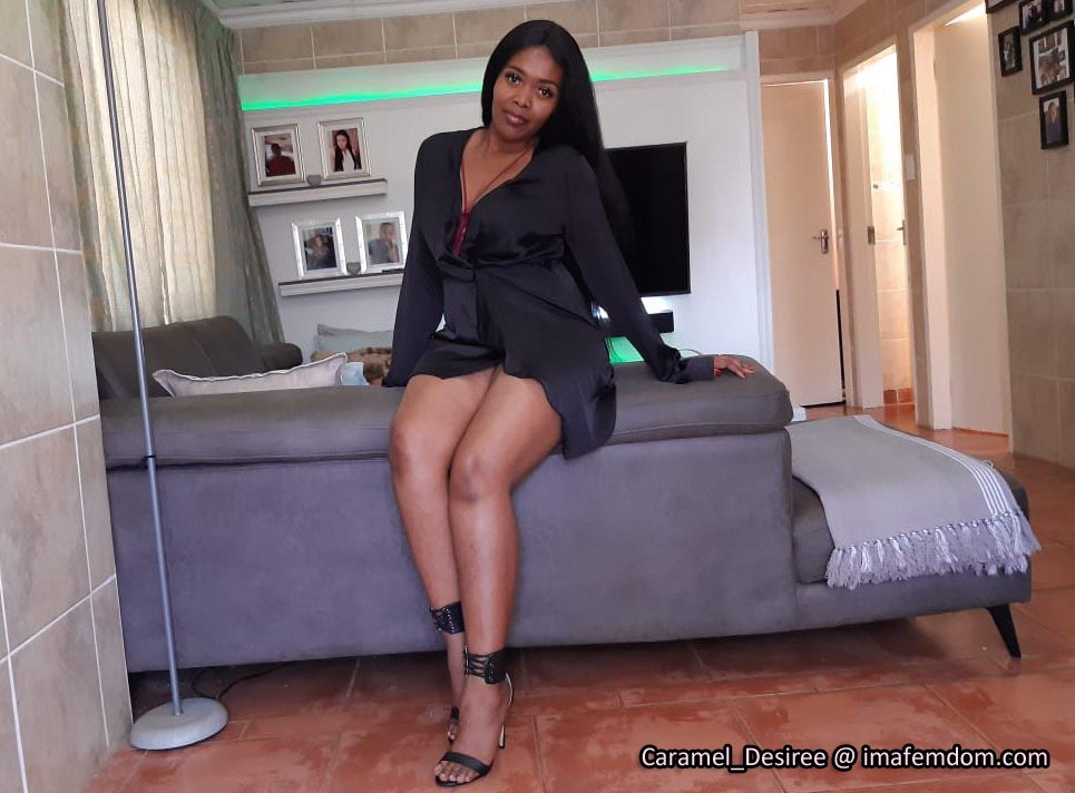 Ebony Cash Mistress for Lowly Money Slaves